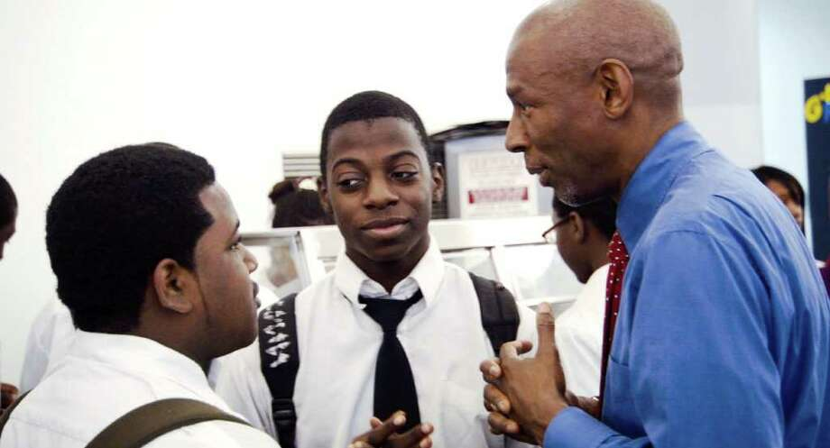 "Geoffrey canada talks with students at his Harlem Success Academy in the documentary ""Waiting for Superman."" Photo: Paramount Pictures"