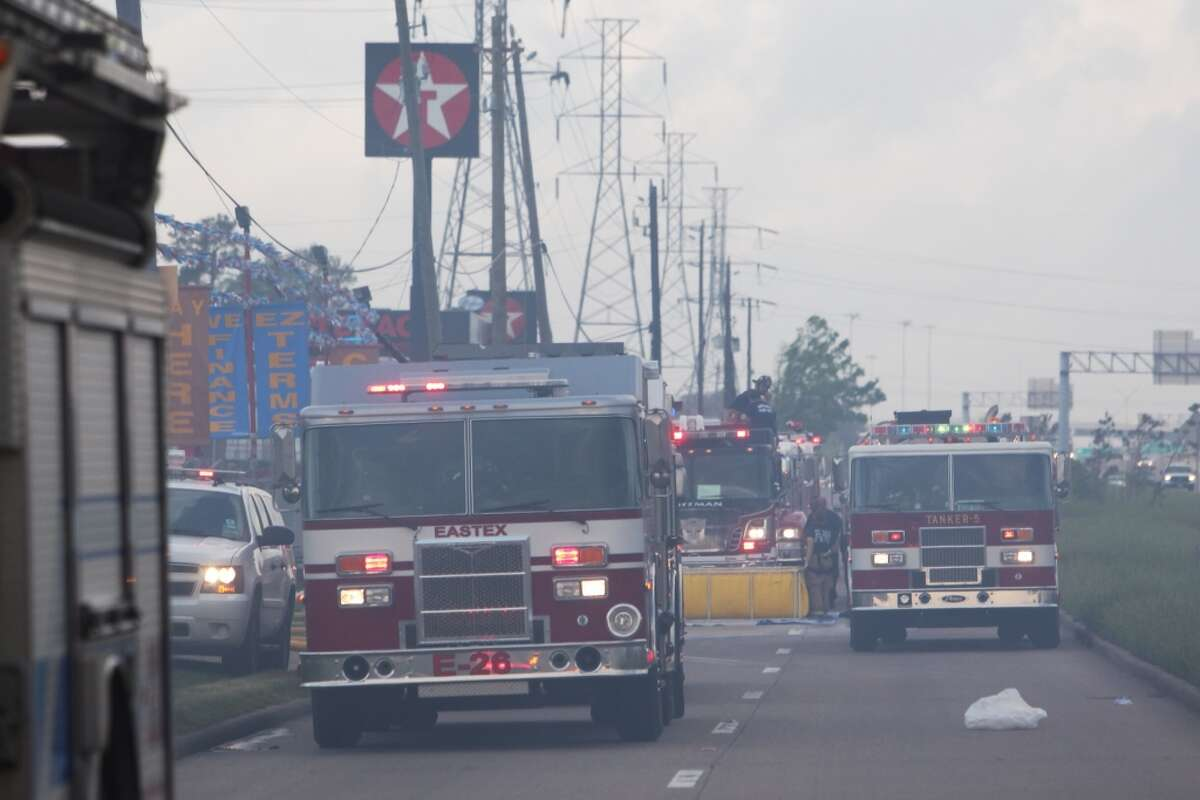 Fire crews respond to the blaze at the White Elephant shops in Channelview near Interstate 10. (Johnny Hanson/Chronicle)