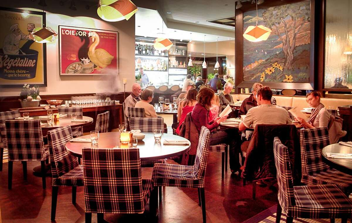 Diners enjoy diner at Brassica restaurant in St. Helena, Calif., on Saturday, November 26th, 2011.