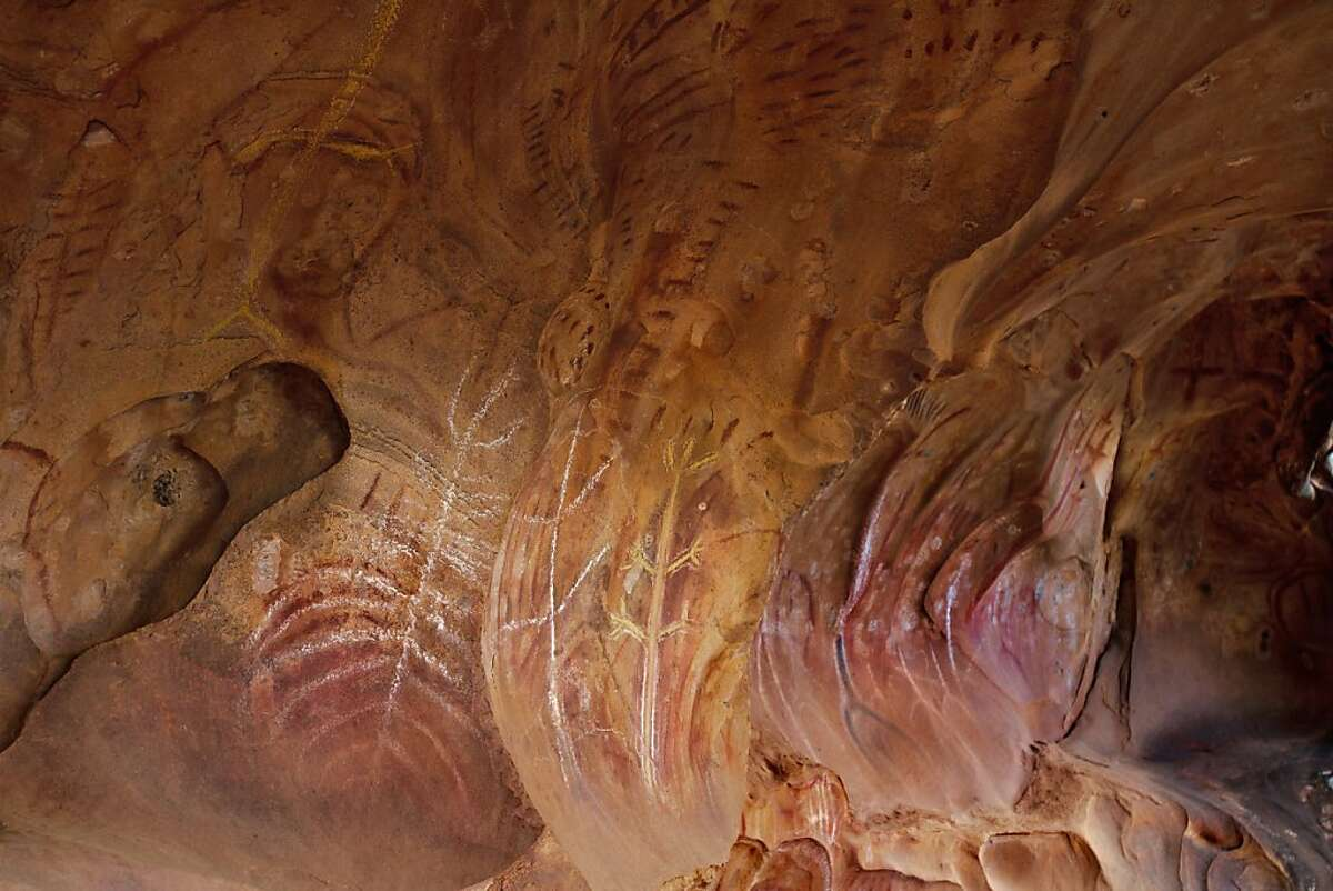 Aboriginal cave painting near Rawnsley Station in the Flinders range