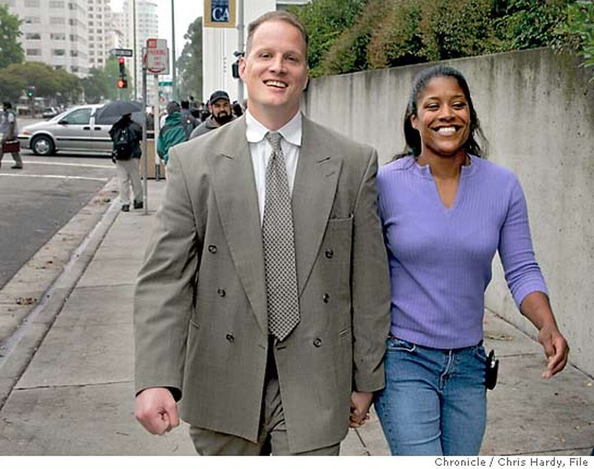 Verdict of the Riders Cops Trial in Oakland 5/19/05 Chris Hardy / San Francisco Chronicle
