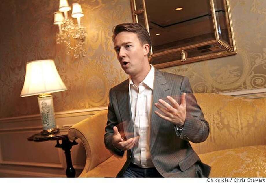 "norton27_0024_cs.jpg  Edward Norton is photographed in two minutes at the Ritz-Carlton Hotel during his media tour to promote ""The Painted Veil,"" his new film co-starring Naomi Watts, due in theatres Dec. 29. / The Chronicle MANDATORY CREDIT FOR PHOTOG AND SF CHRONICLE/ -MAGS OUT Photo: Stewart, Chris"
