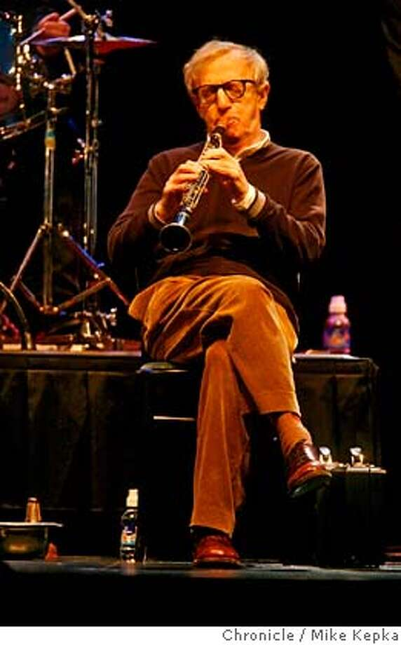 woody00023_mk.JPG Woody Allen and his New Orleans Jazz Band played at the Napa Opera House on Saturday  12/23/06.  Mike Kepka / The Chronicle woody allen(cq) the source MANDATORY CREDIT FOR PHOTOG AND SF CHRONICLE/ -MAGS OUT Photo: Mike Kepka