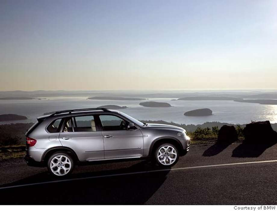 2007 BMW X5  Ran on: 12-22-2006 Ran on: 12-22-2006 Photo: Photo Courtesy BMW