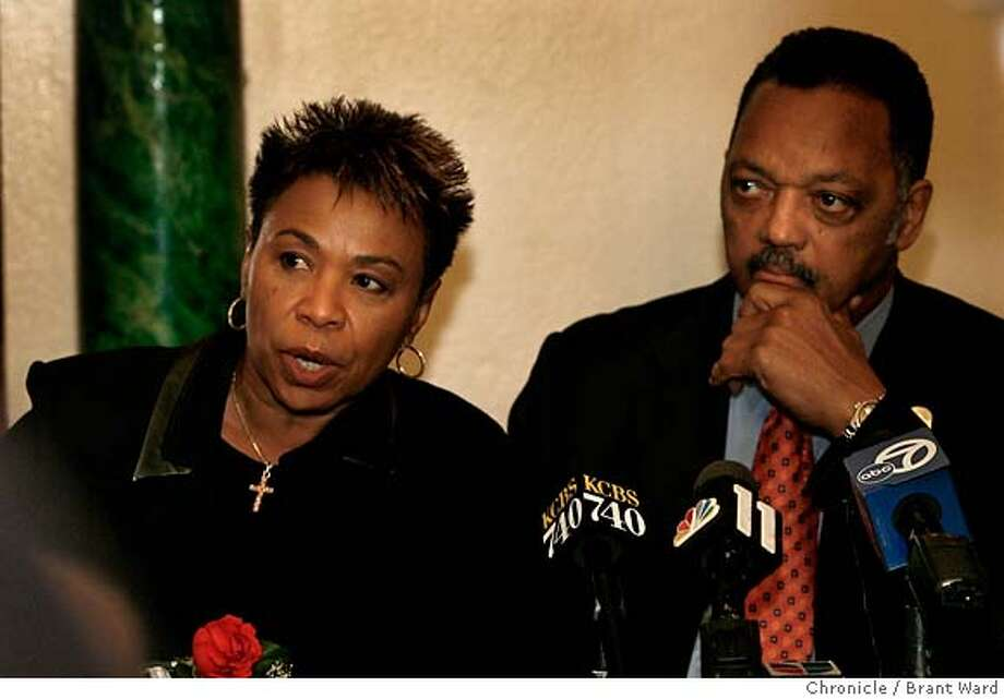 medicare145.JPG  United States Rep. Barbara Lee, left, and Rev. Jesse Jackson at a press conference after church services. They talked about how important the new drug benefit was.  Rev. Jesse Jackson and Rep. Barbara Lee led a forum in Oakland Sunday December 17, 2006 designed to increase the enrollment of Medicare beneficiaries, particularly minorities, in the new drug benefit. The deadline to apply is Dec. 31st.  {Brant Ward/San Francisco Chronicle}12/17/06 Photo: Brant Ward