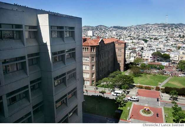 SFGENERAL256.JPG  The San Francisco General Hospital campus is made up of several buildings and styles, each offering a glimpse into that buildings era. If funding for a new proposed building is secured it will be constructed directly in front of the main entrance of San Francisco General Hospital. JUNE 16, 2006 in SAN FRANCISCO.By Lance Iversen/San Francisco Chronicle Photo: LANCE IVERSEN