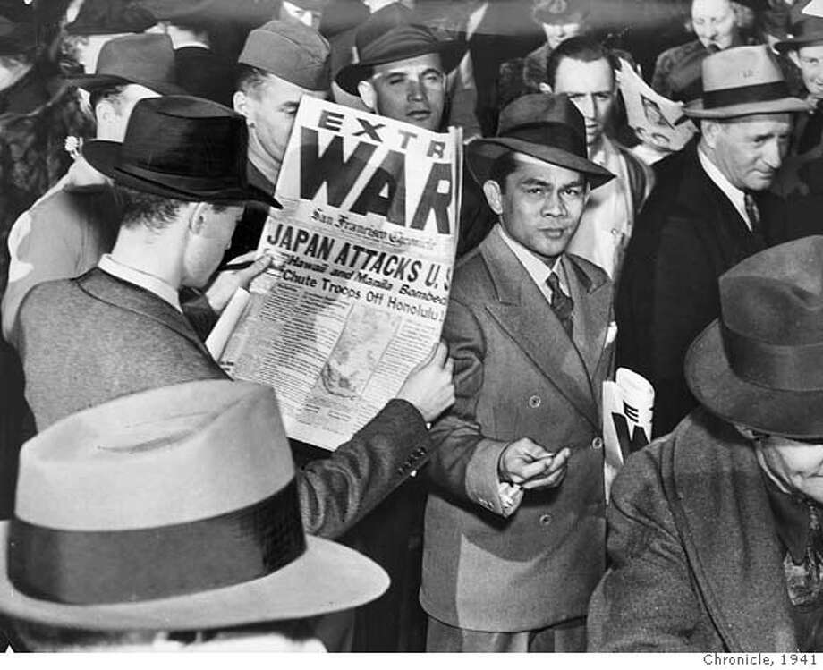 pearlharbor07_PH2 WWII - Pearl Harbor Day in S.F. 1941 MANDATORY CREDIT FOR PHOTOG AND SF CHRONICLE/ -MAGS OUT Photo: Chronicle Library