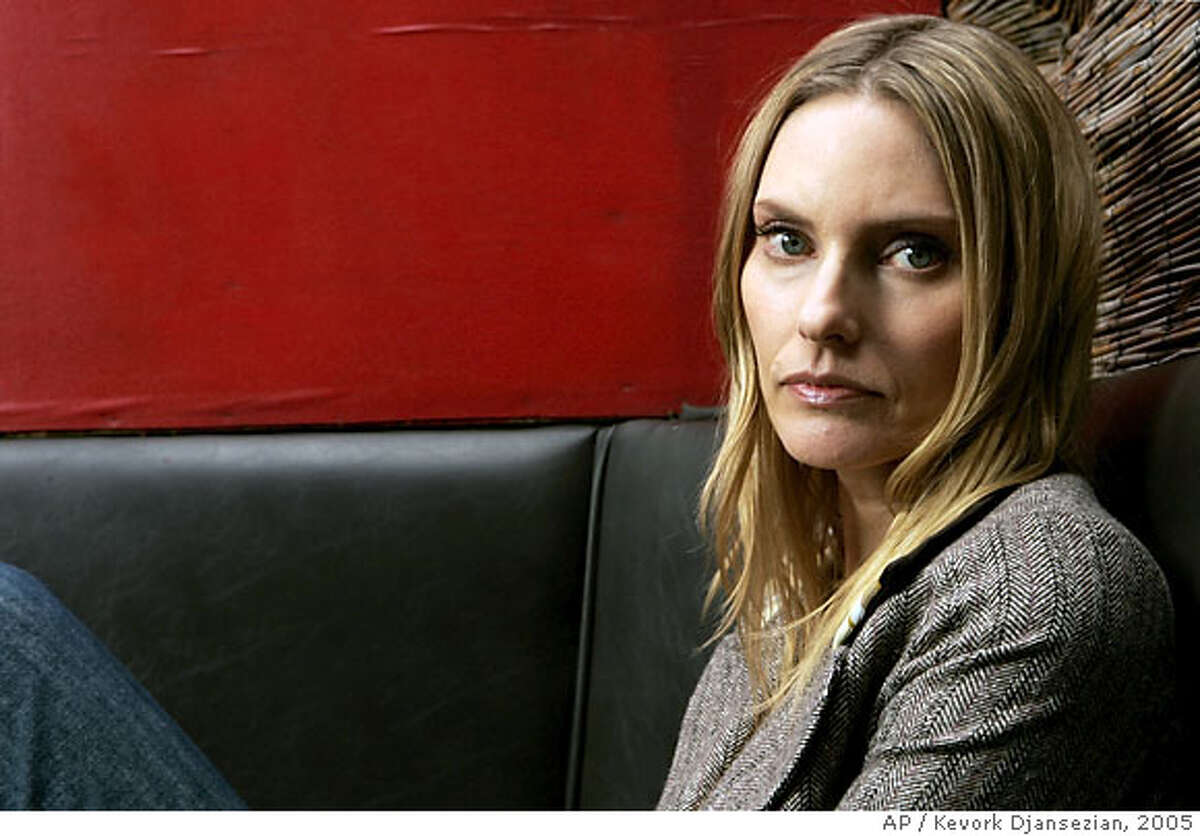 ** FILE **Singer Aimee Mann poses for a photo, in this March 23, 2005, file photo, in Los Angeles. (AP Photo/Kevork Djansezian/FILE) A MARCH 24, 2005 FILE PHOTO