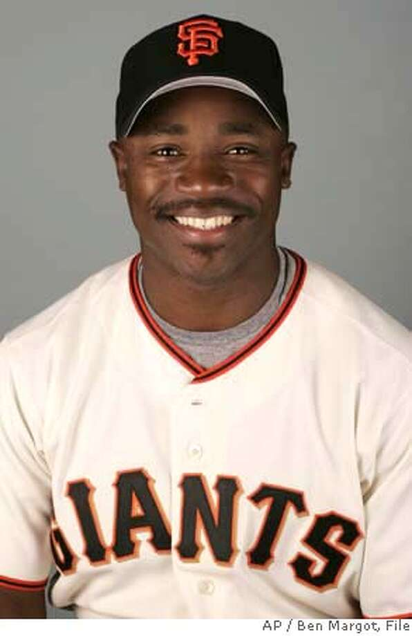 ** FILE **This is a 2006 file photo of Ray Durham of the San Francisco Giants. The Giants and Durham agreed to a two-year contract Friday Dec. 1, 2006, that will pay the second baseman between $14 million and $15 million. AP Photo/Ben Margot) A 2006 FILE PHOTO Photo: BEN MARGOT
