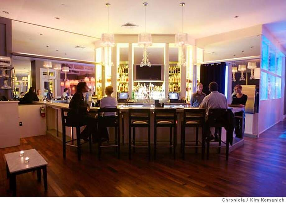 """WHATS22_029_KK.JPG  """"Farm,"""" the new restaurant at Carneros Inn, near Napa specializes in local and sustainable food. This is the bar near the main dining room.  Photo by Kim Komenich/The Chronicle  ** �2006, San Francisco Chronicle/Kim Komenich  MANDATORY CREDIT FOR PHOTOG AND SAN FRANCISCO CHRONICLE/ -MAGS OUT Photo: Kim Komenich"""