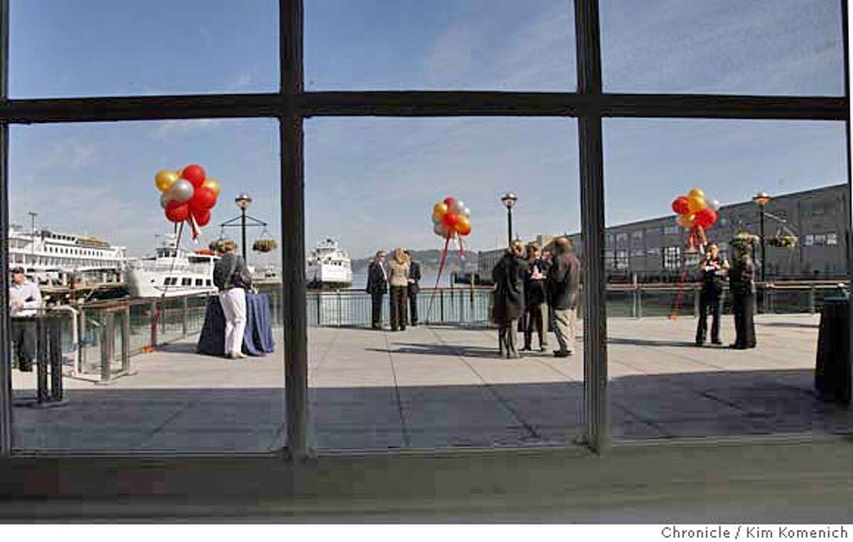 PIERS_022_KK.JPG Piers 1 1/2 and three have been transformed into high-end restaurant and office space. We get a look at the piers after officials cut the ribbon on Wednesday. This is the view from the window from the reception at Pier 1 1/2 Photo by Kim Komenich/The Chronicle ** �2006, San Francisco Chronicle/Kim Komenich MANDATORY CREDIT FOR PHOTOG AND SAN FRANCISCO CHRONICLE/ -MAGS OUT