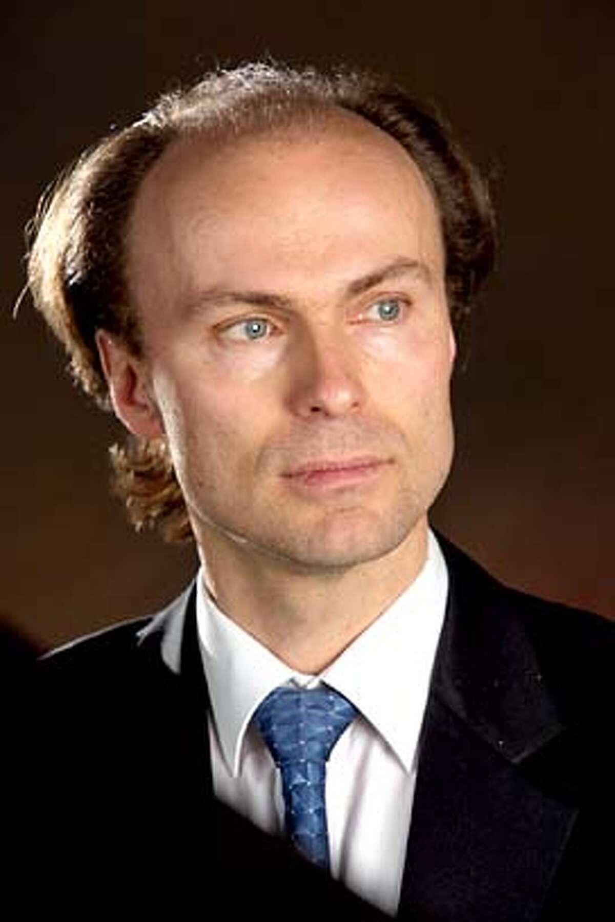 Photo of choral director Ragnar Bohlins for SFSYMPH15.
