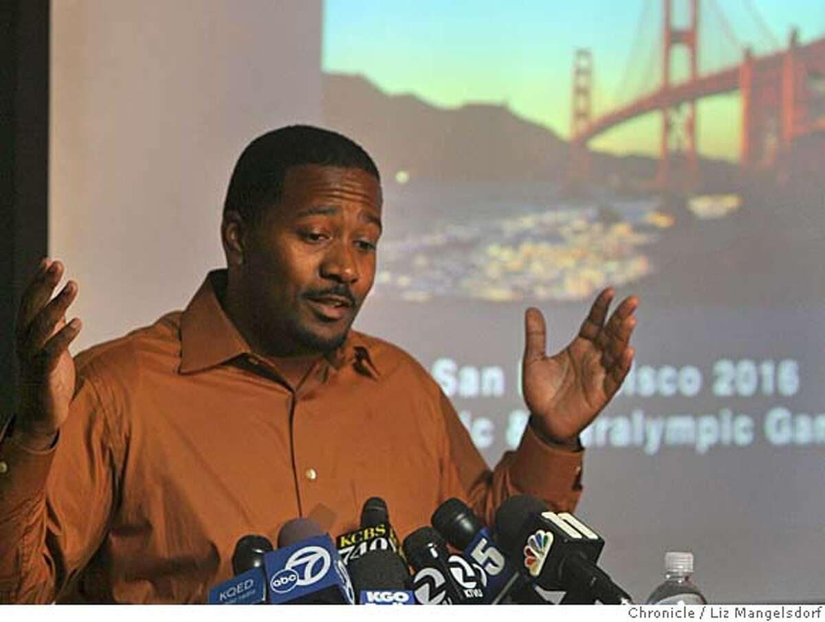 Angelo King, with the Southeast Neighborhood Jobs Initiative Roundtable, reacts to the withdrawl of the olympic bid for 2016. The San Francisco 2016 committee announced today that it is withdrawing its bid to host the 2016 Olympics in San Francisco. This announcement was made in the offices of Accenture in downtown San Francisco by Scott Givens, managing director and CEO of San Francisco 2016 on Nov. 13, 2006. Liz Mangelsdorf / The Chronicle
