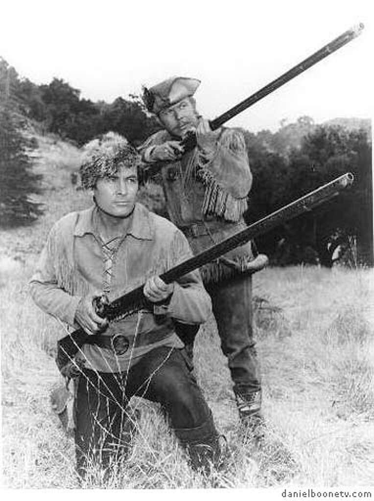 """Fess Parker as Daniel Boone and Albert Salmi as Yadkin in the TV show """"Daniel"""