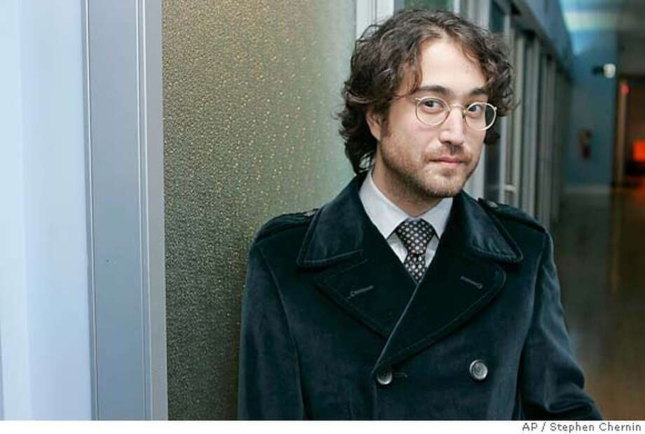 "Sean Lennon poses at MTV studios before appearing on ""Total Request Live"", Friday, Oct. 20, 2006 in New York. Lennon has just released a new album ""Friendly Fire."" (AP Photo/Stephen Chernin) Photo: STEPHEN CHERNIN"