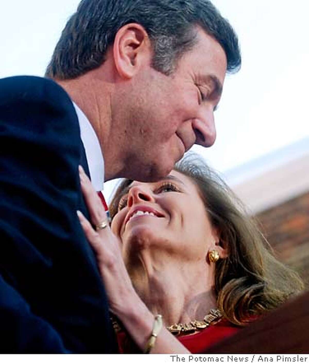 Sen. George Allen, R-Va., shares a moment with his wife, Susan during his concession speech in Alexandria, Va., Thursday, Nov. 9, 2006. (AP Photo/The Potomac News, Ana Pimsler)**MANDATORY CREDIT**