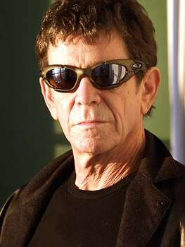 Photo of Lou Reed.