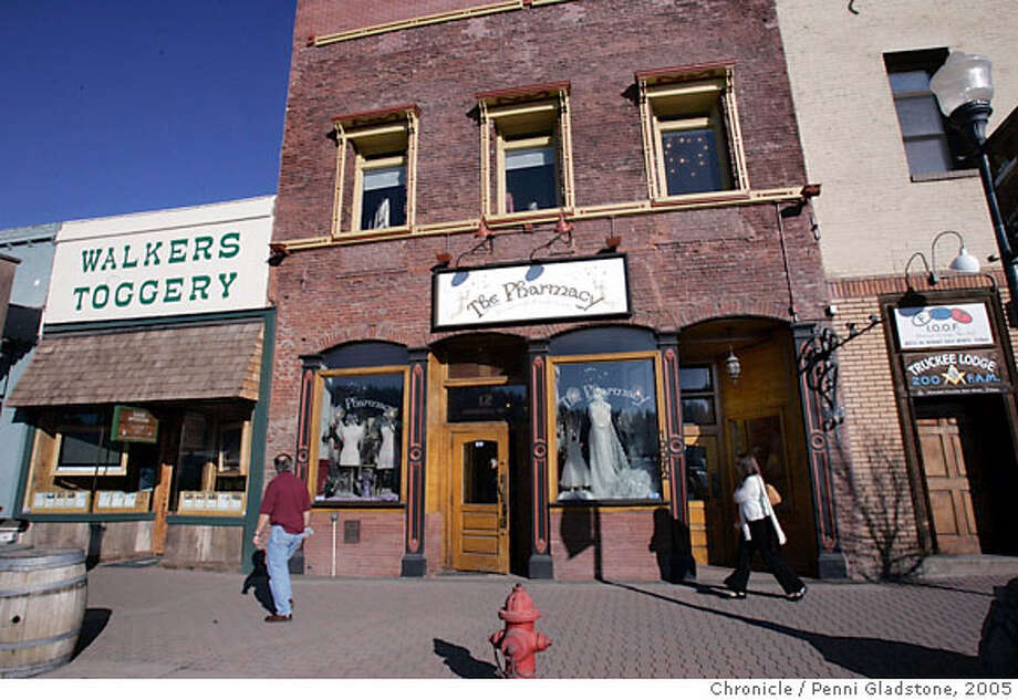 TRUCKEETRAVEL103PG.JPG Old store fronts in downtown Truckee.  For Travel section. Truckee CA. The San Francisco Chronicle, Penni Gladstone  Photo taken on 2/25/05, in Truckee, Photo: Penni Gladstone