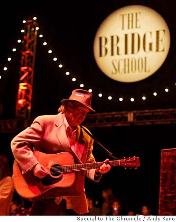 Neil Young performs at the Bridge School Benefit Concert at the Shoreline Amphitheatre in Mountain View, Calif. Saturday October 21, 2006. By ANDY KUNO/SPECIAL TO THE CHRONICLE Photo: ANDY KUNO