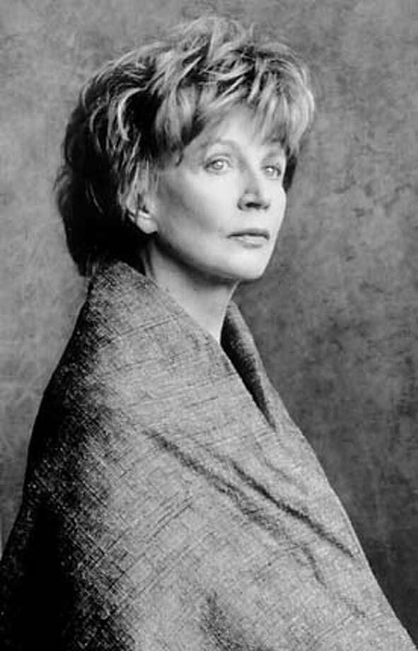 "Let there be 'Light': Edna O'Brien, the author of ""The Light of Evening,"" will discuss her work Thursday at 6 p.m. at the Commonwealth Club, 595 Market St., San Francisco, (415) 597-6705. Tickets are $18. Photo by Marion Ettlinger"