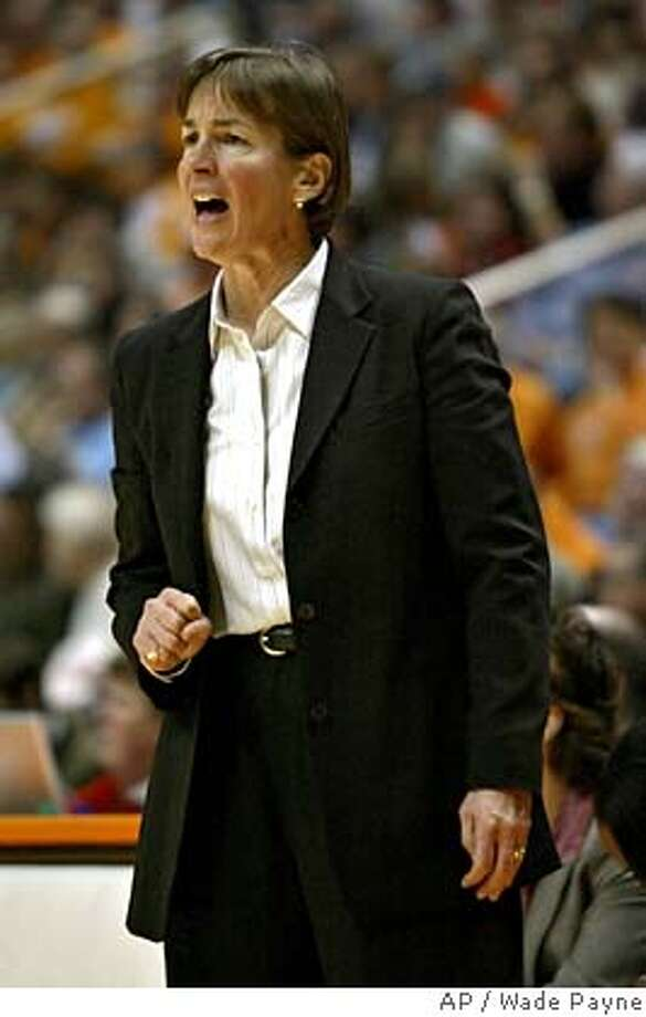 Stanford coach Tara VanDerveer yells to her team during their game against TennesseeTuesday, Dec. 21, 2004 in Knoxville, Tenn. Tennessee won 70-67. (AP Photo/Wade Payne) Ran on: 12-27-2004 Ran on: 12-27-2004 Photo: WADE PAYNE