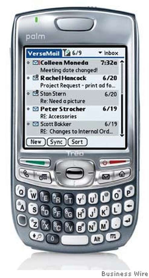 The Palm Treo 680 smartphone, a GSM/GPRS/EDGE quad-band world phone, is easy to use, slim and compact, yet packed full of features beyond its stellar phone capability, such as email, web browsing, messaging, multimedia, calendar, contacts and more. Photo by Business Wire Photo: Business Wire