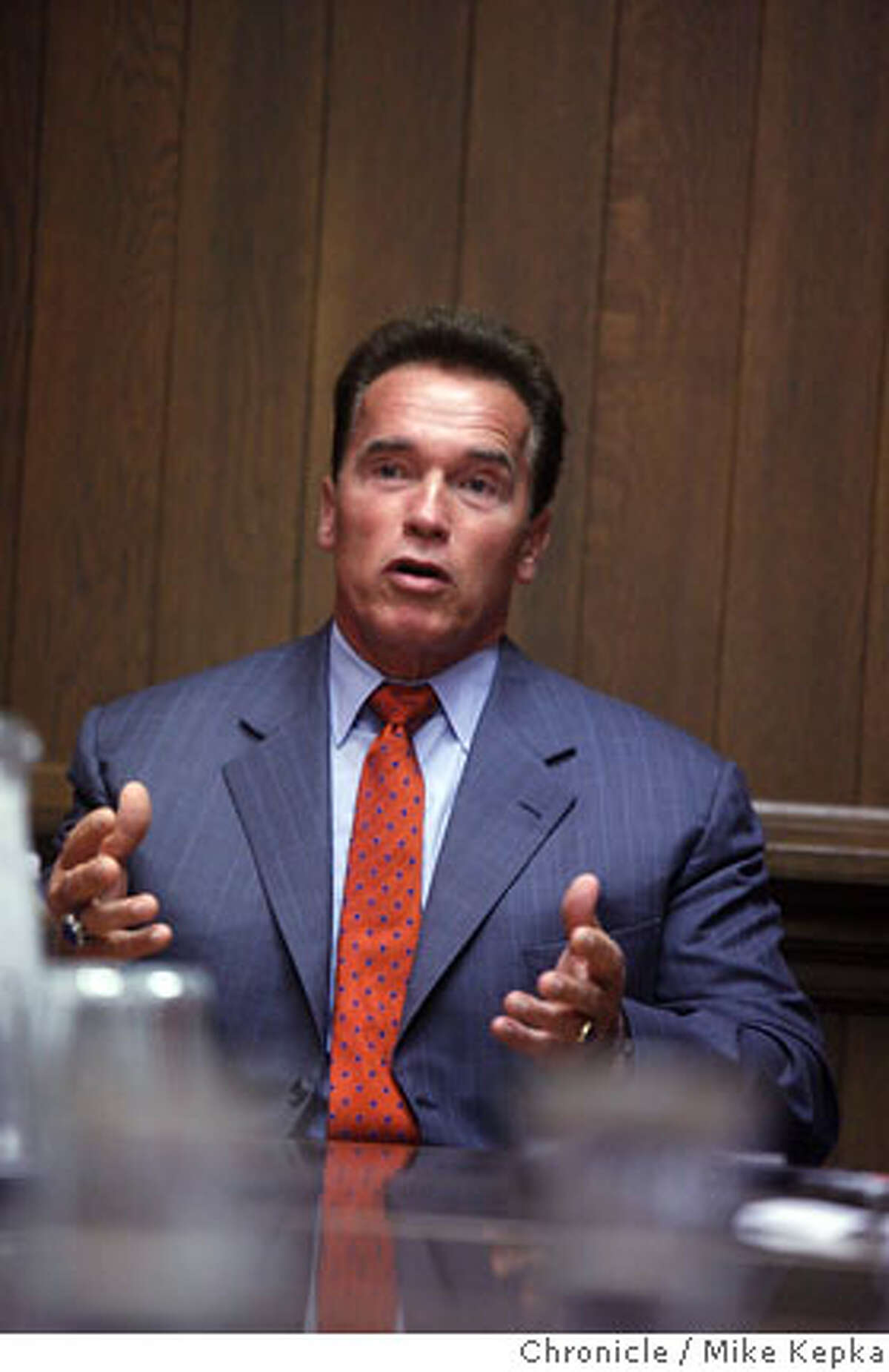 Governor Arnold Schwarzenegger meet with the San Francisco Chronicle Editorial board in the Chronicle building on Photo on 10/11/06. Mike Kepka / The Chronicle