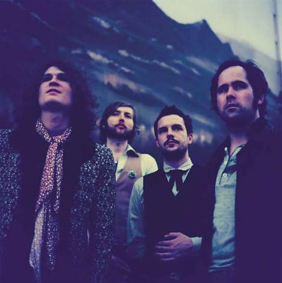 The Killers l-to-r: David Keuning (Guitars)  Mark Stoermer (Bass) Brandon Flowers (Vox, Synthesizer)  Ronnie Vannucci (Drums) Photo: Umusic.com