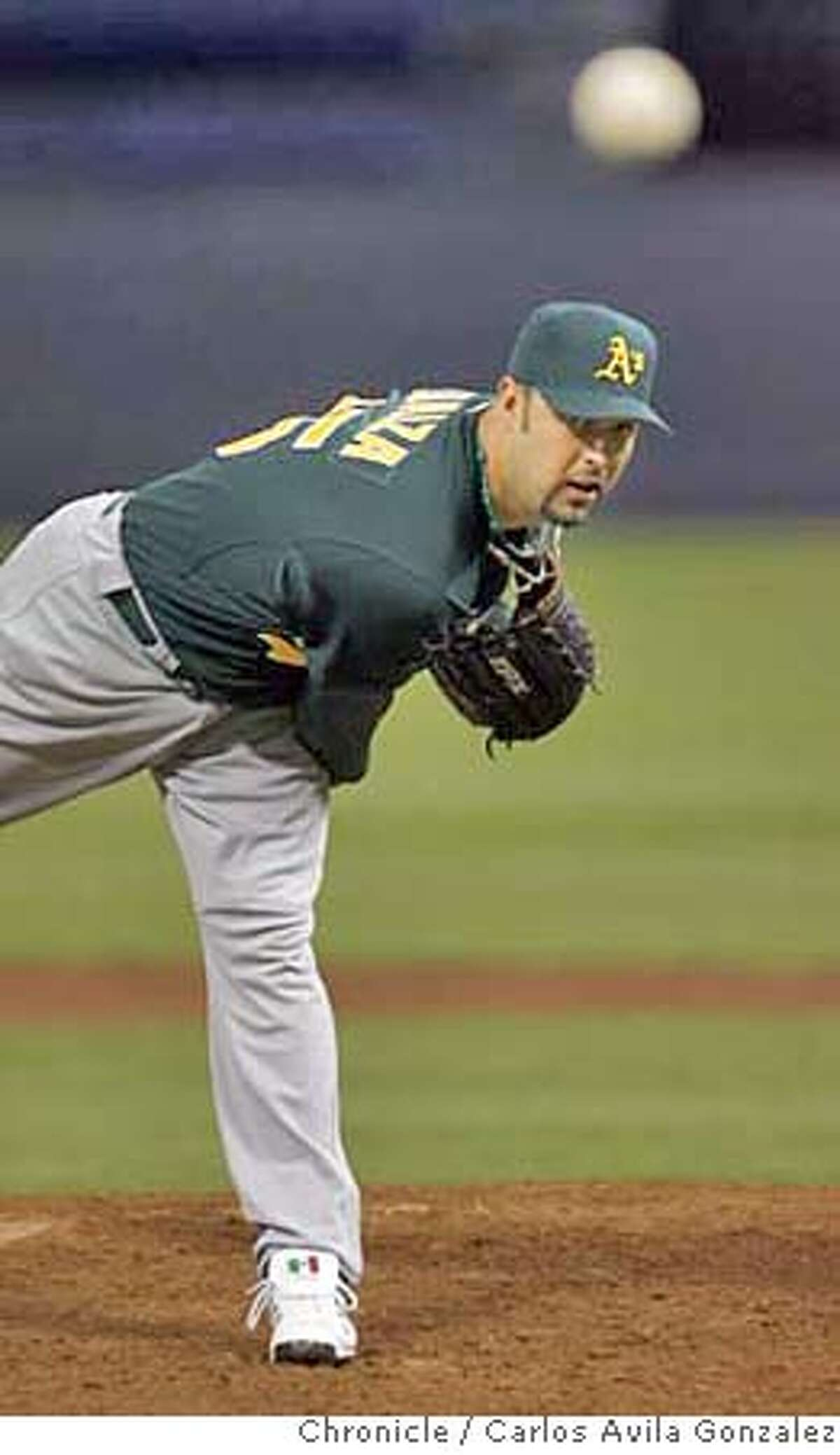 Esteban Loaiza started the game for the Athletics, and got a no decision after giving up back to back homeruns in the bottom of the sixth inning. The Athletics defeated the Twins 5-2. The Oakland Athletics played the Minnesota Twins in Game 2 of the American League Division Series at the Metrodome in Minneapolis, Mn., on Wednesday October 4, 2006, winning the game, 5-2. Photo by Carlos Avila Gonzalez/The San Francisco Chronicle Photo taken on 10/4/06, in Minneapolis, Mn, USA **All names cq (source)