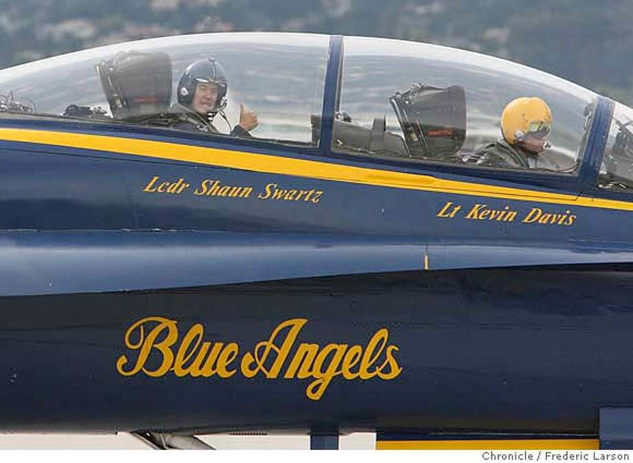 San Francisco Chronicle reporter Henry Lee finally got riding with the Blue Angels, fulfilling a lifelong dream. Henry was tumbs-up taxing out to the run-way at SFO in a Blue Angels F/A-19 Hornet jet, piloted by Lt. Kevin Davis. Henry Lee  10/5/06  {Frederic Larson} MANDATORY CREDIT FOR AND SAN FRANCISCO CHRONICLE/ -MAGS OUT Photo: Frederic Larson