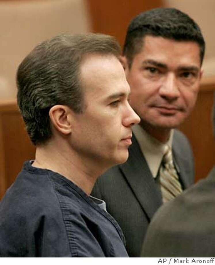 John Mark Karr, left, the one-time JonBenet Ramsey murder suspect, and his attorney Robert M. Amparian, right, are shown in Sonoma County Superior Court in Santa Rosa, Calif., Monday, Sept. 25, 2006. (AP Photo/Mark Aronoff, Pool) POOL PHOTO Photo: MARK ARONOFF