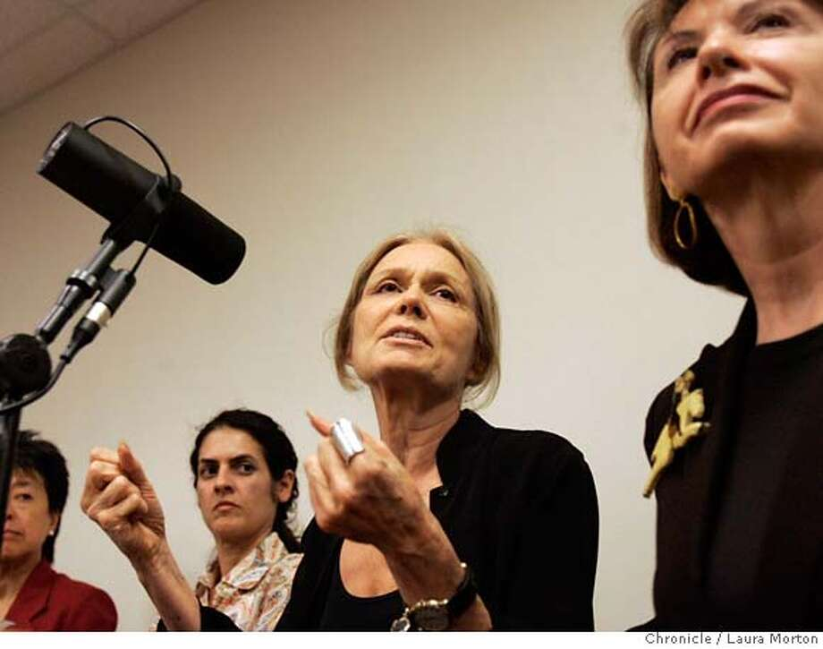 Gloria Steinem (center) speaks at the San Francisco Chronicle. Steinem and movie star Jane Fonda teamed up to create the Greenstone radio network, which focuses on female voices. MANDATORY CREDIT FOR PHOTOGRAPHER AND SAN FRANCISCO CHRONICLE/ -MAGS OUT Photo: Laura Morton