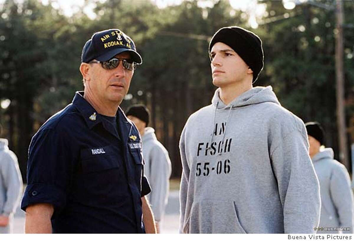 """Kevin Costner and Ashton Kutcher in """"The Guardian"""" 2006"""