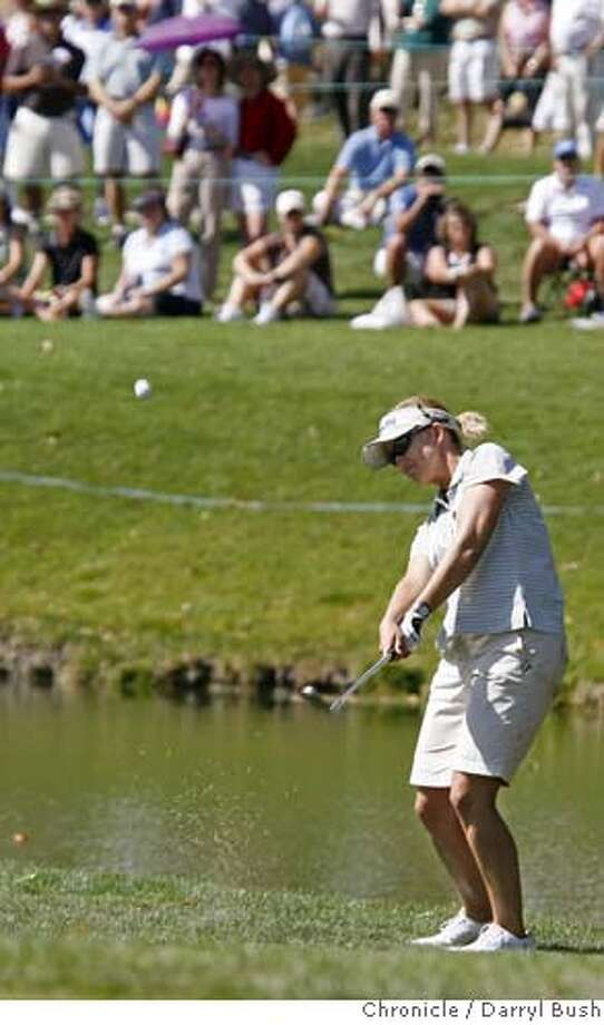 lpga_0006_db.JPG  Karrie Webb hits a chip shot from the rough on the 18th hole which she went on to bogie (but finished atop the leaderboard at seven under par for 36 holes), in the second round of the LPGA's Longs Drugs Challenge at Blackhawk Country Club in Danville, CA on Friday, September 22, 2006. 9/22/06  Darryl Bush / The Chronicle ** roster (cq) MANDATORY CREDIT FOR PHOTOG AND SF CHRONICLE/ -MAGS OUT Photo: Darryl Bush