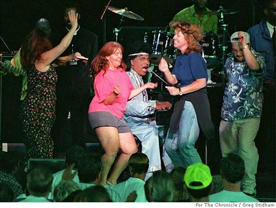 LEGENDS20B/C/18JUL99/DD/OTHER-Little Richard performed in the Legends concert at the Concord Pavilion Sunday evening. Richard had audience members come up on stage to dance.  BY CAT Photo: GREG STIDHAM