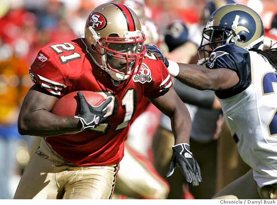 niners18_038_db.JPG  Niner running back Frank Gore runs for yardage during the 4th quarter. The San Francisco 49ers play the St. Louis Rams at Monster Park in SF on Sept. 17, 2006.  Darryl Bush /The Chronicle MANDATORY CREDIT FOR PHOTOG AND SF CHRONICLE/ -MAGS OUT Photo: Darryl Bush