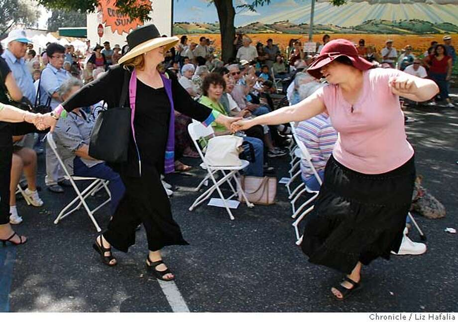 JEWISH18_004.JPG Left to right--Marian Cooper, Beverly Bogart, Shelley Fishkin, and Merrin Davidson, dancing to the music of Mark Levy while celebrating the seventh year of the Albert L. Schultz Jewish Community Center on California Ave. between El Camino Real and Park Blvd. cq--Marian Cooper, Beverly Bogart, Shelley Fishkin, Merrin Davidson.  . Liz Hafalia/The Chronicle MANDATORY CREDIT FOR PHOTOGRAPHER AND SAN FRANCISCO CHRONICLE/ -MAGS OUT Photo: Liz Hafalia