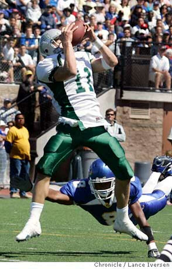 DSL100565.JPG  De La Salle #11 John Hendershott hauls in a TD pass from Mike MacGillivray over Serra's #8 Marquise Jones in second quarter action Saturday. De La Salle Vs. Junipero Serra High School. SEPTEMBER 9, 2006 in SAN MATEO.  By Lance Iversen/San Francisco Chronicle Ran on: 09-13-2006  On familiar turf, John Hendershott of De La Salle hauls in a touchdown pass. This week the Spartans are flying to Ohio.  Ran on: 09-13-2006  On familiar turf, John Hendershott of De La Salle hauls in a touchdown pass. This week the Spartans are flying to Ohio. Photo: By Lance Iversen