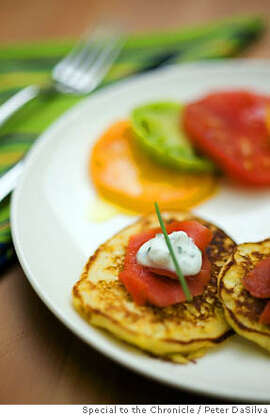 WORKING13_49.jpg Corn cakes with Smoked Salmon & Tomatoes. Event on 9/7/06 in San Francisco. Peter DaSilva / The Chronicle MANDATORY CREDIT FOR PHOTOG AND SF CHRONICLE/ -MAGS OUT