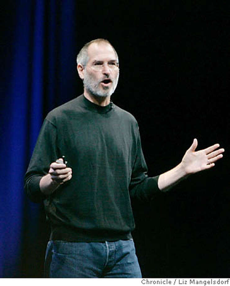 apple08_lm002.JPG  Apple CEo Steve Jobs introduces the new Mac operating system at the company's Worldwide Developers conference at Moscone Center in San Francisco on August 7, 2006. Liz Mangelsdorf /The Chronicle MANDATORY CREDIT FOR PHOTOG AND SF CHRONICLE/ -MAGS OUT Photo: Liz Mangelsdorf