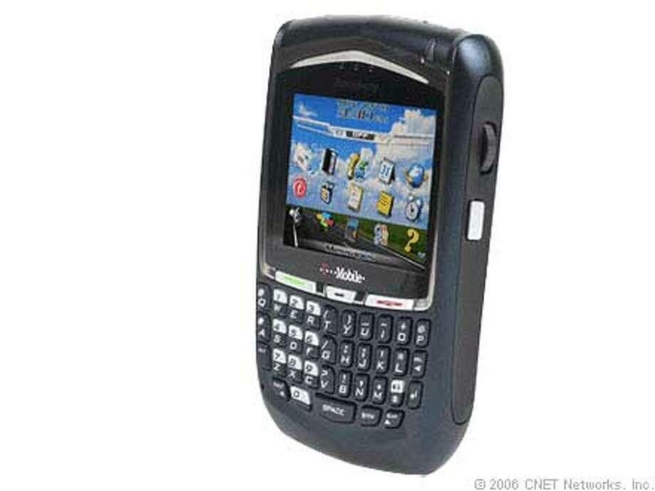 New cell phones Photo: Hafalia, Liz