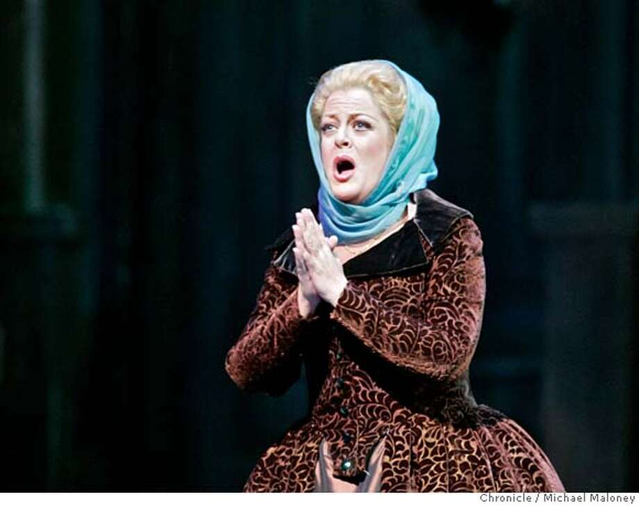 Act I, Amelia (Deborah Voigt) The SF Opera opens its 2006 season with Giuseppe Verdi's Un Ballo in Maschera, 'A Masked Ball'. Photos from a final dress rehearsal.  Photo by Michael Maloney / San Francisco Chronicle on 9/5/06 in SAN FRANCISCO,CA  ***Deborah Voigt - program MANDATORY CREDIT FOR PHOTOG AND SF CHRONICLE/ -MAGS OUT Photo: Michael Maloney