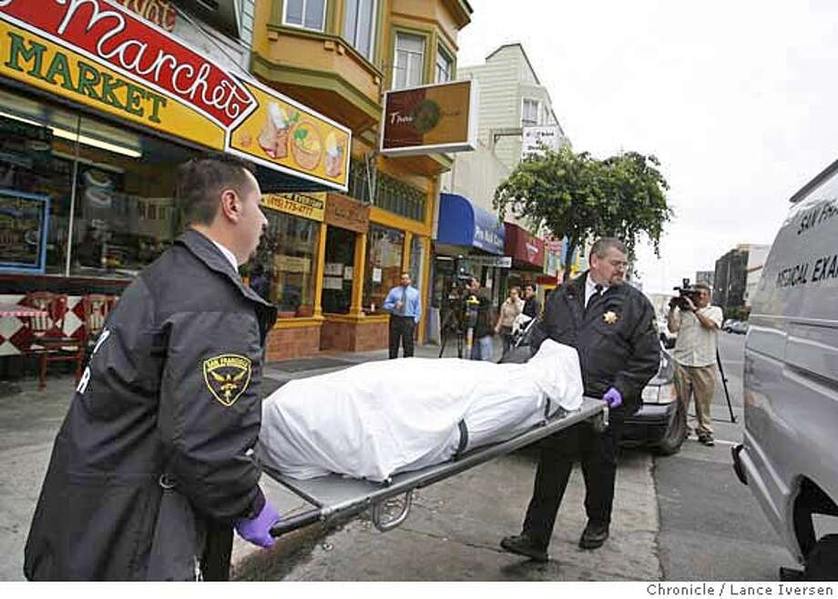 MURDER_0166.JPG  San Francisco Medical Examiner officials remove a female body from an apartment building at 1136 Polk Street Friday afternoon.SEPTEMBER 8, 2006 in SAN FRANCISCO.  By Lance Iversen/San Francisco Chronicle MANDATORY CREDIT PHOTOG AND SAN FRANCISCO CHRONICLE/ MAGS OUT Photo: By Lance Iversen