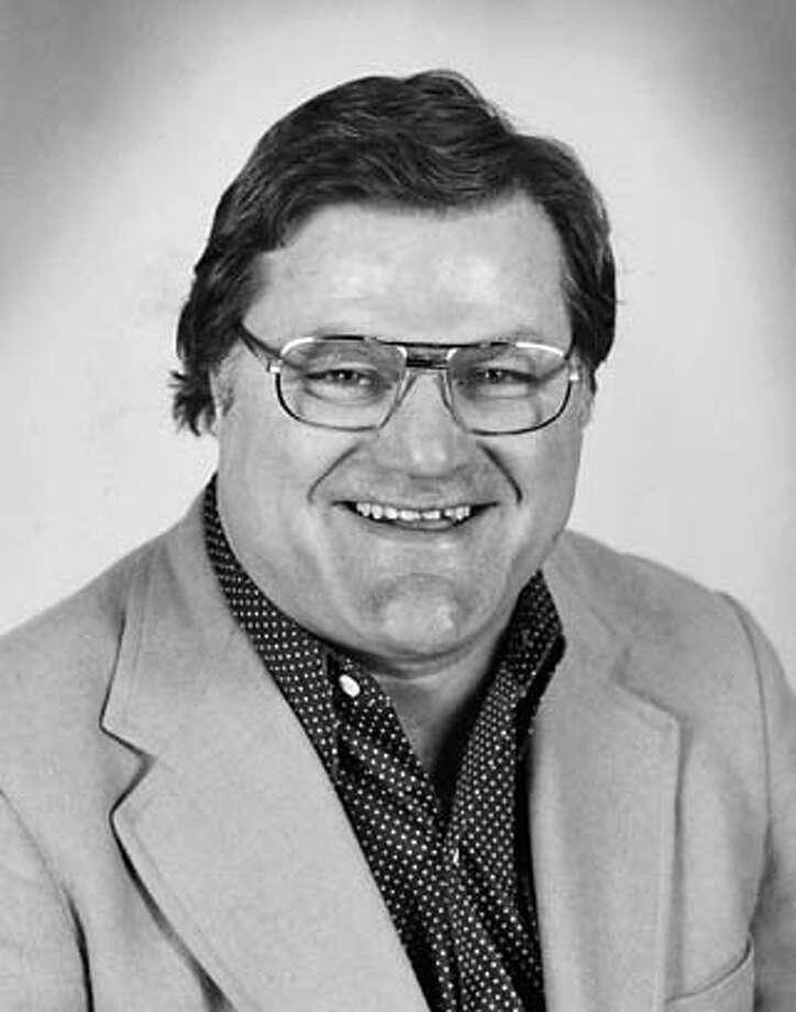 Monty Stickles, former 49ers tight end, Raiders and Cal football broadcaster and radio talk show host who died Sept. 06, 2006, aged 68. Photo: Handout