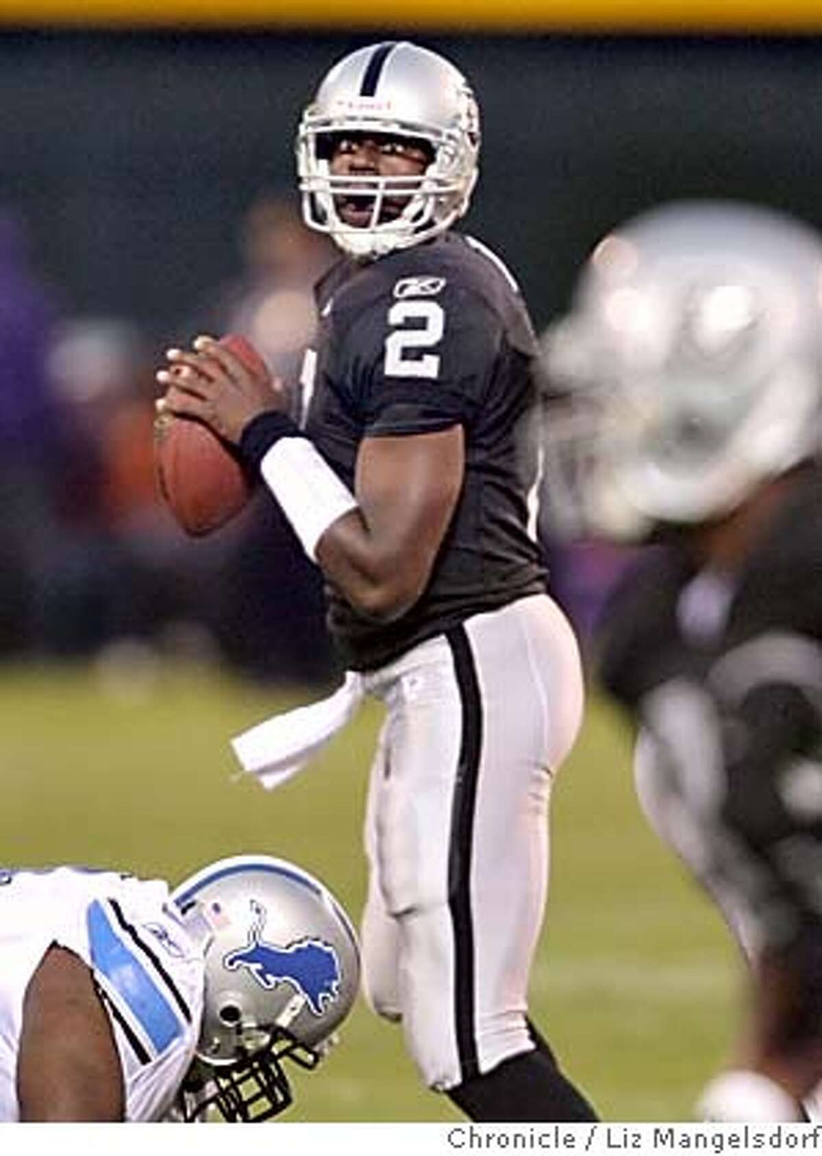 raiders26__262_lm.JPG QB Aaron Brooks during the first half. Oakland Raiders V. the Detroit Lions at the McAfee Coliseum on Aug. 25, 2006 Liz Mangelsdorf /The Chronicle MANDATORY CREDIT FOR PHOTOG AND SF CHRONICLE/ -MAGS OUT