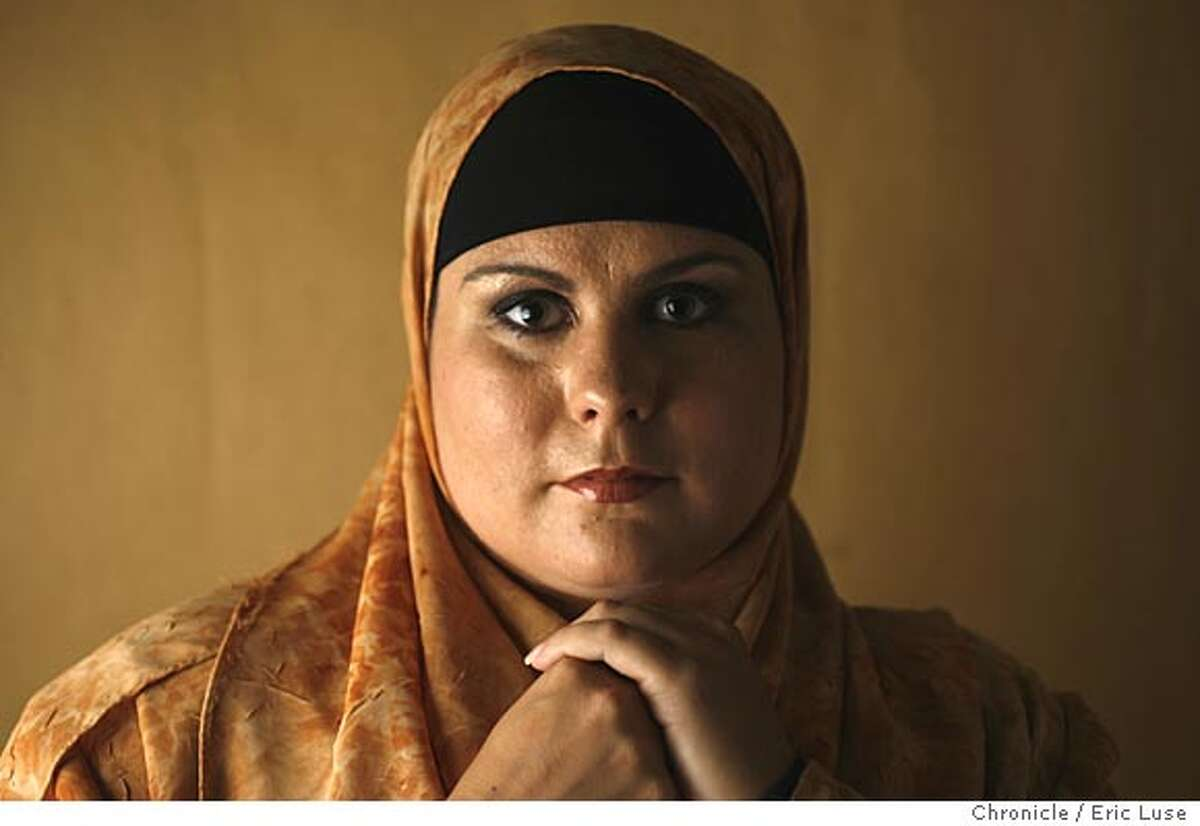 newrace_205_el.jpg Dailyah Patt a hijab. Part of a 911 story. Eric Luse/The Chronicle Names (cq) from source