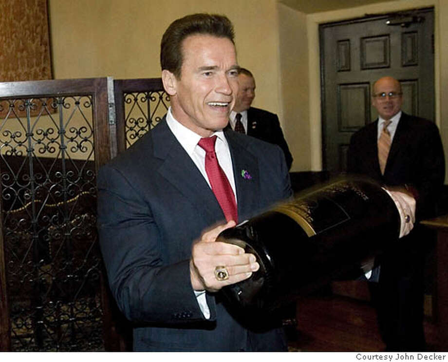 "Governor Arnold Schwarzenegger ""pumps up"" California Wine Month for September 2006. (PRNewsFoto/Wine Institute, John Decker)  Ran on: 05-04-2006  Gov. Arnold Schwarzenegger pumps up the state's wine industry by declaring September &quo;California Wine Month.&quo; *XPRN XPFF* SEE STORY 20060502/SFTU056, SF MEDIA CONTACT: GLADYS HORIUCHI OF WINE INSTITUTE, +1-415-356-7525, OR COMMUNICATIONS@WINEINSTITUTE.ORG. Photo: JOHN DECKER"