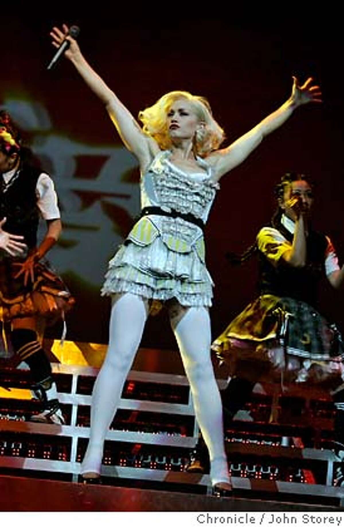 Stefani20 _jrs_0572.jpg Gwen Stefani at the HP Pavilion in San Jose. John Storey San Jose Event on 10/18/05 MANDATORY CREDIT FOR PHOTOG AND SF CHRONICLE/ -MAGS OUT