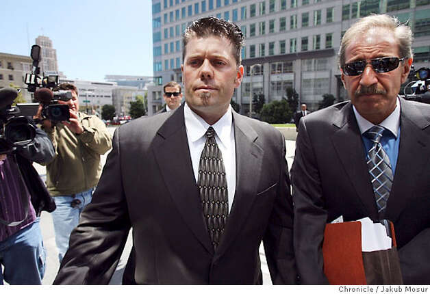 Greg Anderson walks with attorney Mark Geragos to the federal building in San Francisco. Anderson, who is Barry Bonds' trainer, was held in contempt of court and jailed for refusing to testify before a grand jury. Event on 8/28/06 in San Francisco. JAKUB MOSUR / The Chronicle Photo: JAKUB MOSUR