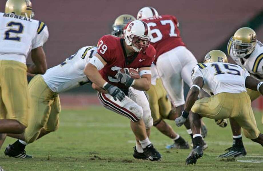 stanford_468_mac.jpg Stanford running back 39- Nick Frank. Stanford Cardinal vs. UCLA Bruins football. 10/29/05 Palo Alto, Ca. Michael Macor / San Francisco Chronicle Mandatory Credit for Photographer and San Francisco Chronicle/ - Magazine Out Photo: Michael Macor